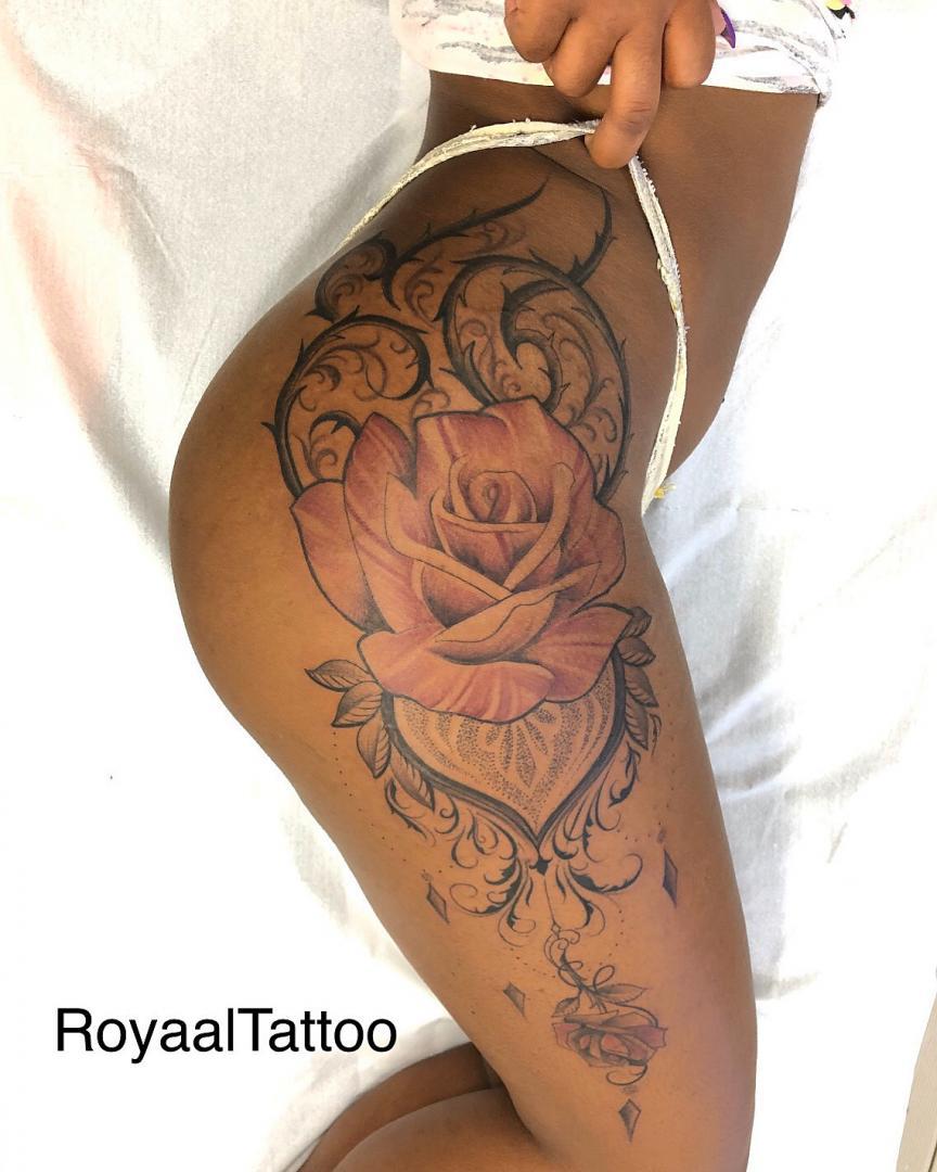 Tatouages Dos Fort De France Martinique Royaal Tattoo